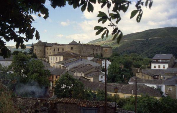 Villafranca del Bierzo es la capital de la comarca del Bierzo./Joergsam