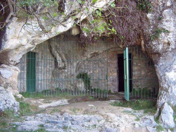 Cueva_de_Covalanas_ramales_victoria