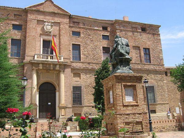 fachada del palacio de álvaro de bazán
