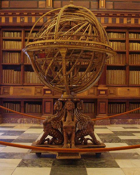 Esfera terráquea en la biblioteca del Escorial