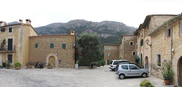 calles_piedra_deia