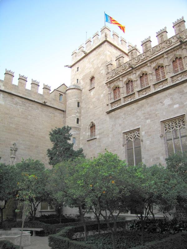 patio_naranjos_lonja_valencia