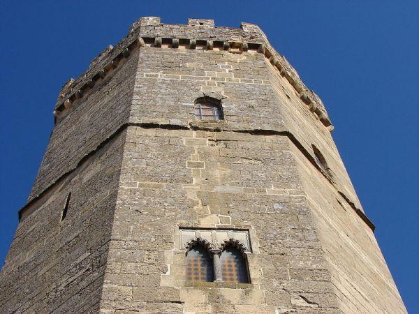 Boabdil_torre_homenaje_porcuna