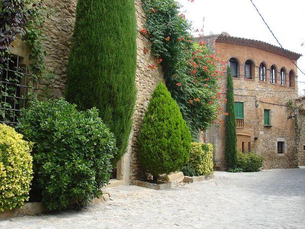 peratallada_jardin_lugares_historia